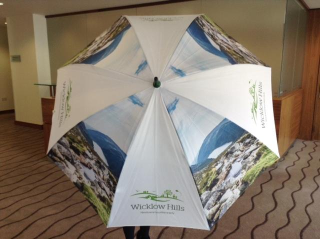 Esernyő, ami üt